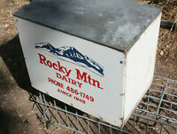 Vintage ROCKY MOUNTAIN DAIRY Galvanized Steel Porch Milk Box Crate DENVER