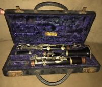 Rare 1900's BUESCHER True Tone Boehm System Clarinet Model 782 17 Keys W/ Case