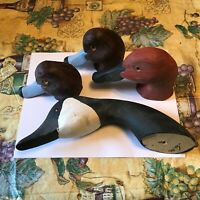 old Hand Carved Wood Duck Decoy Head med Size Glass Eyes !!(nice)