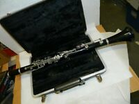 Bundy by Selmer Resonite Clarinet, with case, nice condition