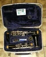 Conn Clarinet with hard Case