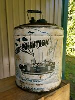 RARE! WARDENS Re-Refined Oils Motor Oil Can 5 Gallon Round Metal West Allis, Wi