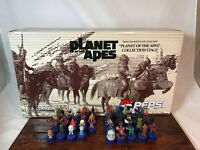 PEPSI BOTTLE CAP PLANET OF THE APES 39 MINI FIGURES & STAGE JAPAN