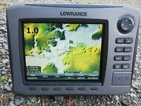 Lowrance HDS 8 INSIGHT GPS/Fishfinder With Sun Cover