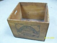 Vintage Smith's True Fruit Fountain Syrup Third Dozen Wooden Dovetail Crate A