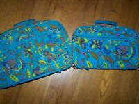 VINTAGE MOD 60'S - 70'S SET OF 2 CANVAS BLUE FLORAL PRINT SUITCASES