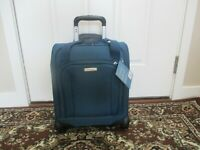 BNWT Samsonite Spinner Underseater with USB Port pick color soft case