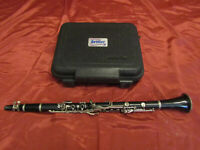 Selmer USA 1401 Student Clarinet with Hard Case