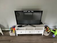Samsung 3D TV 50 Inch with Glasses DONT ASK IF I CAN SHIP $275.00