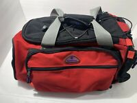 SAMSONITE RED BLACK 20x12x9 CARRY DUFFLE BAG. VERY CLEAN AND WELL MADE.