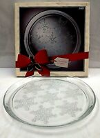 Christmas Platter Plate Snowflake 13quot; Round #3905 Indiana Glass Holiday Winter