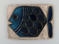 Mari Simmulson for Upsala-Ekeby. Glazed ceramic wall plaque decorated with fish.