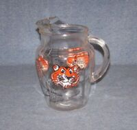 VINTAGE ESSO GAS PROMOTIONAL  PUT A TIGER IN YOUR TANK GLASS PITCHER