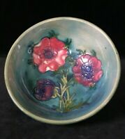 MOORCROFT ANEMONE FLOWERS BOWL, 5.4 in. Blue-Green Plum Pink Magenta c.1953