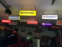VINTAGE CONTINiTAL TIRE LIGHTED ADVERTISING SHOP SIGN NEW IN BOX Gas and Oil