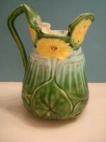ANTIQUE MAJOLICA CREAMER YELLOW LILY PAD FLOWERS W/GREEN LEAF RARE 8911 VTG