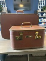 Vintage Luggage 2 Piece Set Brown With Gold Accents And Hardware