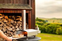 Uuni/Ooni 3 - Wood Fired Pizza Oven with FREE Second Peel as Our Gift to You