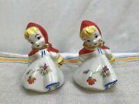 BEAUTIFUL HULL LITTLE RED RIDING HOOD LARGE SALT AND PEPPER SET---EXCELLENT