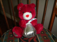 Valentines Day Hersheys Kiss Talking Bear Stuffed Plush 2005 Battery Operated