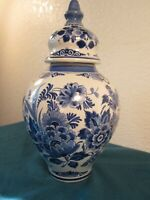 DELFT BLUE DE PORCELEYNE FLES CANISTER WITH LID 11 INCHES TALL