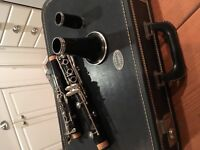 Buffet clarinet in A includes like new double case