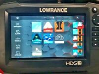 Lowrance HDS 7 Carbon GPS / Fishfinder with Insight Charts - Excellent Condition