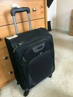 Kenneth Cole Reaction Going Places Carry On Suitcase 20quot; Spinner Black GENUINE