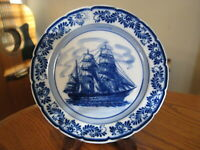 Vintage Royal Delft Hand Painted Sailing Ship & Flowers 5 5/8