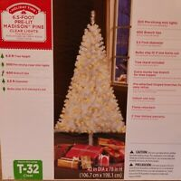 Pre-Lit Clear Mini Lights White Artificial Christmas Tree 6.5ft Madison Pine NEW