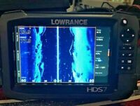 Lowrance HDS 7 GEN 3 GPS / Fishfinder with Insight Charts - Excellent Condition