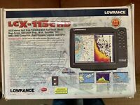 LOWRANCE Chartplotter LCX-113c HD, with Transducer, GPS Puck, Accessories