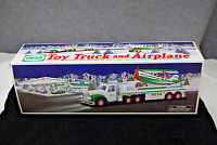 2002 Hess Toy Truck and Airplane   Mint   S5825