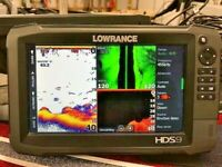 Lowrance HDS 9 GEN 3 GPS / Fishfinder with Structure Scan Transducer - Excellent