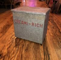 Vintage CREAMI RICH MILK BOX VG BROOKLYN NY Galvanized Hinged Raleigh Dairy