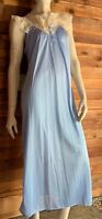 VINTAGE BLUE SIZE MEDIUM NIGHTGOWN with IVORY LACE COLLAR #6749