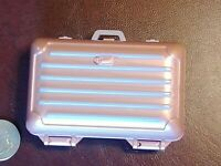 Barbie Size Vintage Hard Side Samsonite Style Luggage Suitcase. Great Condition