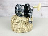 Vintage Ocean City No. 920 Conventional Fishing Reel Made In USA