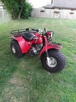 1984 Honda 200es ATC 3 wheeler big red 200 es