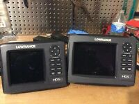 Lowrance HDS-7 and HDS-5 Gen2 with gimbal mount, sun covers, and power cords