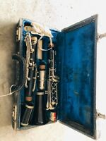 VINTAGE SOLID Black Clarinet amp; HARD CASE Unknown Model LOOKS VERY OLD