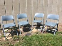 Set Of 4 Vintage Samsonite Folding Chairs Metal With Blue Padded seat Cafe Farm