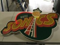 Seattle Sonics neon sign absolutely unique. Never saw another one like this