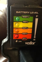 VEXILAR  FL-18  &  POWER PACK WITH POWER INDICATOR