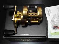 SHIMANO 15 CALCUTTA CONQUEST 400 Bait Casting Fishing Reel Used W/Box Ex++