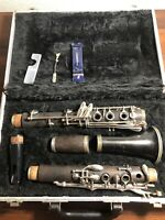 Beuscher 400 Special Wooden Clarinet In Hard Case Complete