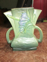 GREAT Antique Roseville Art Pottery Green Freesia Double Handle Vase 200-7