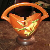 Great Antique Roseville Art Pottery Brown Freesia 390-7