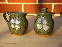 Cleater and Billie Meaders, Sugar Bowl and Creamer