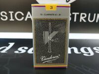 Vandoren V12 Bb Clarinet Reeds #3 - Box Of 10